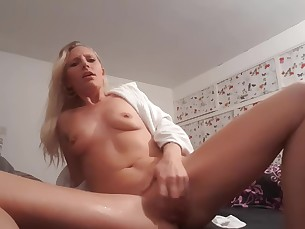 amateur babe blonde dolly fuck hot juicy small-tits little